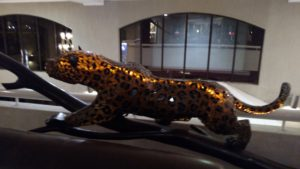 Glass Leopard in the hotel Ole Sereni
